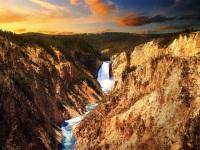 拉斯维加斯出发大峡谷、黄石公园9日游:LV9-7670