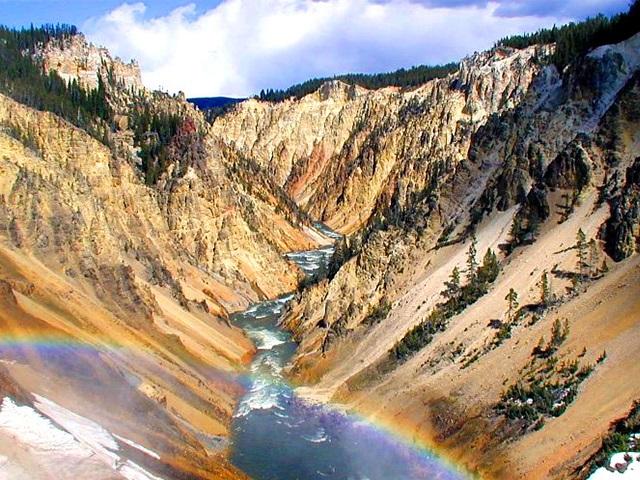 盐湖城出发大峡谷、黄石公园、羚羊谷9日游:SL9-7197