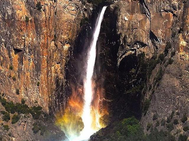 旧金山出发大峡谷、黄石公园、优胜美地、羚羊谷、西南巨环13日游:SF13-9467