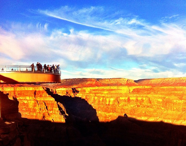 拉斯维加斯出发大峡谷、黄石公园、羚羊谷7日游:LV7-216