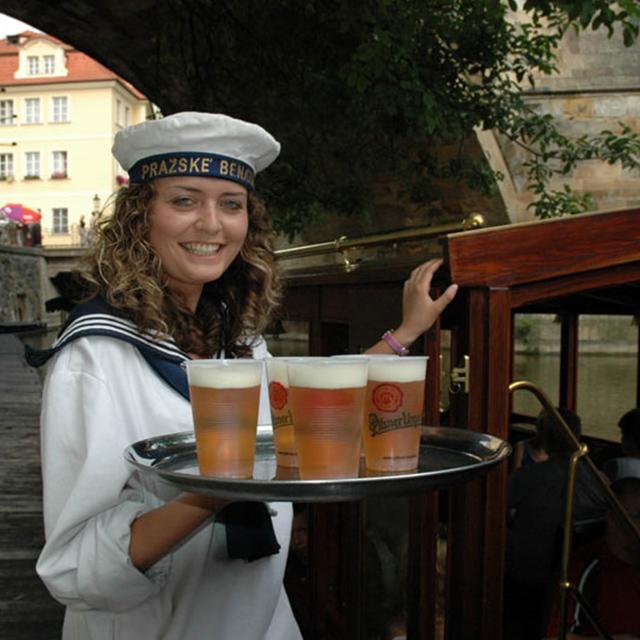 布拉格出发游船观光1日游:PR-T-1719