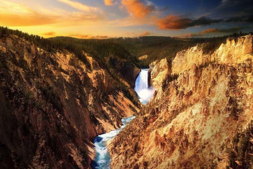 洛杉矶出发大峡谷、黄石公园、优胜美地、羚羊谷12日游:LA12-1885
