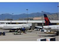 盐湖城出发黄石公园、机场接送/城市接驳、包车自由行1日游:SL-CAR-8836
