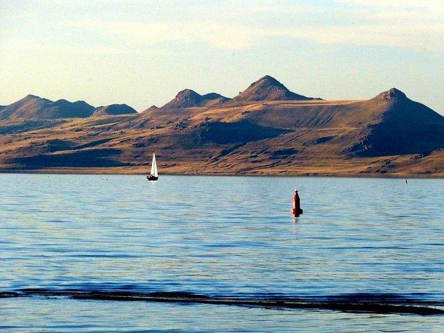 旧金山出发大峡谷、黄石公园、优胜美地、羚羊谷、西南巨环7日游:SF7-9820